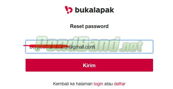 Masukkan alamat email yang sedang Anda gunakan atau email yang masih aktif, karena nanti server akan mengirimkan kode melalui email